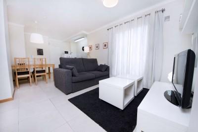 Bv. San Juan 90 ( 1 Dormitorio / Cochera Opcional )